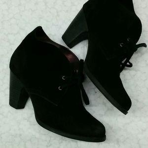 Indigo black leather shoes 6.5